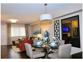 """Photo 4: 8 1268 RIVERSIDE Drive in Port Coquitlam: Riverwood Townhouse for sale in """"SOMERSTONE LANE"""" : MLS®# V1058093"""