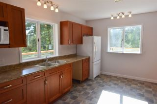 Photo 8: 5704 CARMEL Place in Sechelt: Sechelt District House for sale (Sunshine Coast)  : MLS®# R2122869