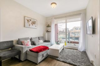 Photo 3: 305 379 E BROADWAY Street in Vancouver: Mount Pleasant VE Condo for sale (Vancouver East)  : MLS®# R2534103