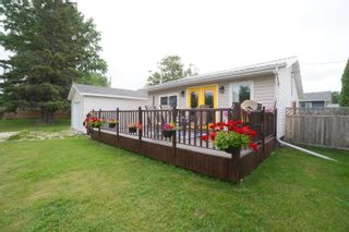 Photo 32: 304 Caledonia Street in Portage la Prairie: House for sale : MLS®# 202116624