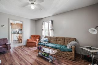 Photo 3: 1302 2nd Avenue North in Saskatoon: Kelsey/Woodlawn Residential for sale : MLS®# SK858410