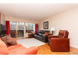 Photo 3: 202 964 Heywood Ave in VICTORIA: Vi Fairfield West Condo for sale (Victoria)  : MLS®# 719805
