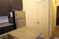 Photo 10: 412 80 Aspen Springs Drive in Clarington: Bowmanville Condo for lease : MLS®# E5354133