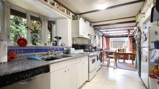 Photo 13: 2872 WEMBLEY DRIVE in North Vancouver: Westlynn Terrace House for sale : MLS®# R2035461