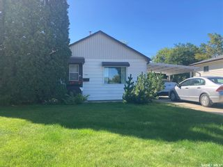 Main Photo: 415 T Avenue South in Saskatoon: Pleasant Hill Residential for sale : MLS®# SK868173