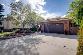 Photo 3: 9924 184 Street in Edmonton: Zone 20 House for sale : MLS®# E4247371