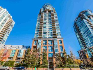 Photo 1: 1506 1088 QUEBEC STREET in Vancouver: Mount Pleasant VE Condo for sale (Vancouver East)  : MLS®# R2010726