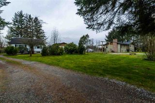 Photo 1: 7879 232 Street in Langley: Fort Langley House for sale : MLS®# R2560379