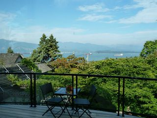 """Photo 2: 4613 BELLEVUE Drive in Vancouver: Point Grey House for sale in """"POINT GREY"""" (Vancouver West)  : MLS®# V1082352"""