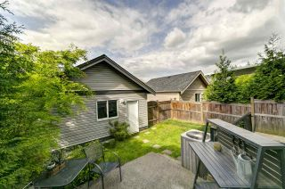 """Photo 26: 20383 83B Avenue in Langley: Willoughby Heights House for sale in """"Willoughby West by Foxridge"""" : MLS®# R2456376"""