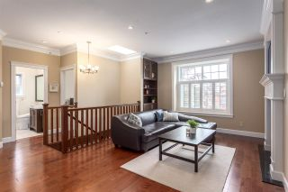 Photo 2: 2441 E 4TH AVENUE in Vancouver: Renfrew VE House for sale (Vancouver East)  : MLS®# R2133270
