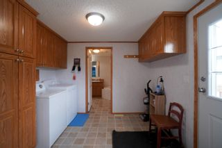 Photo 3: 45098 McCreery Road in Treherne: House for sale : MLS®# 202113735