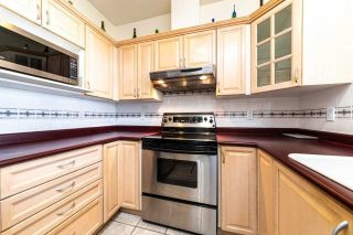 "Photo 11: 805 160 W KEITH Road in North Vancouver: Central Lonsdale Condo for sale in ""Victoria Park West"" : MLS®# R2496437"