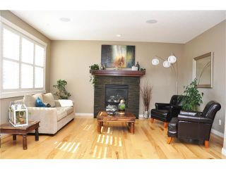 Photo 2: 92 MIKE RALPH Way SW in Calgary: Garrison Green House for sale : MLS®# C4045056