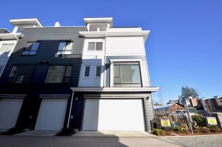 """Photo 1: 36 16337 23A Avenue in Surrey: Grandview Surrey Townhouse for sale in """"SOHO"""" (South Surrey White Rock)  : MLS®# R2494251"""