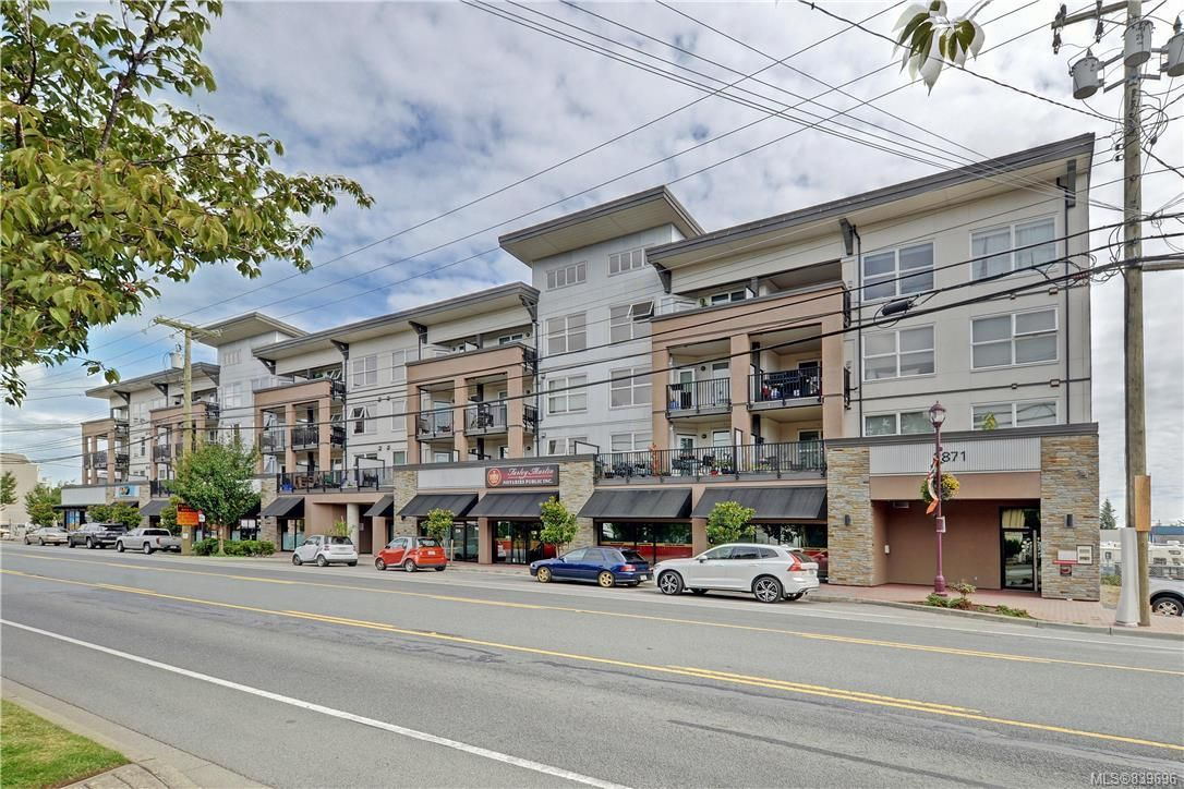 Main Photo: 425 2871 Jacklin Rd in Langford: La Langford Proper Condo for sale : MLS®# 839696