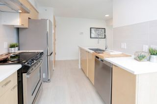 """Photo 5: 2505 1200 W GEORGIA Street in Vancouver: West End VW Condo for sale in """"Residence on Georgia"""" (Vancouver West)  : MLS®# R2563816"""