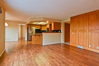 Photo 12: 2708 SIGNAL RIDGE View SW in Calgary: Signal Hill Detached for sale : MLS®# A1103442