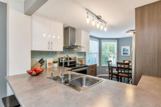 """Photo 20: 3 925 TOBRUCK Avenue in North Vancouver: Mosquito Creek Townhouse for sale in """"KENSINGTON GARDEN"""" : MLS®# R2510119"""