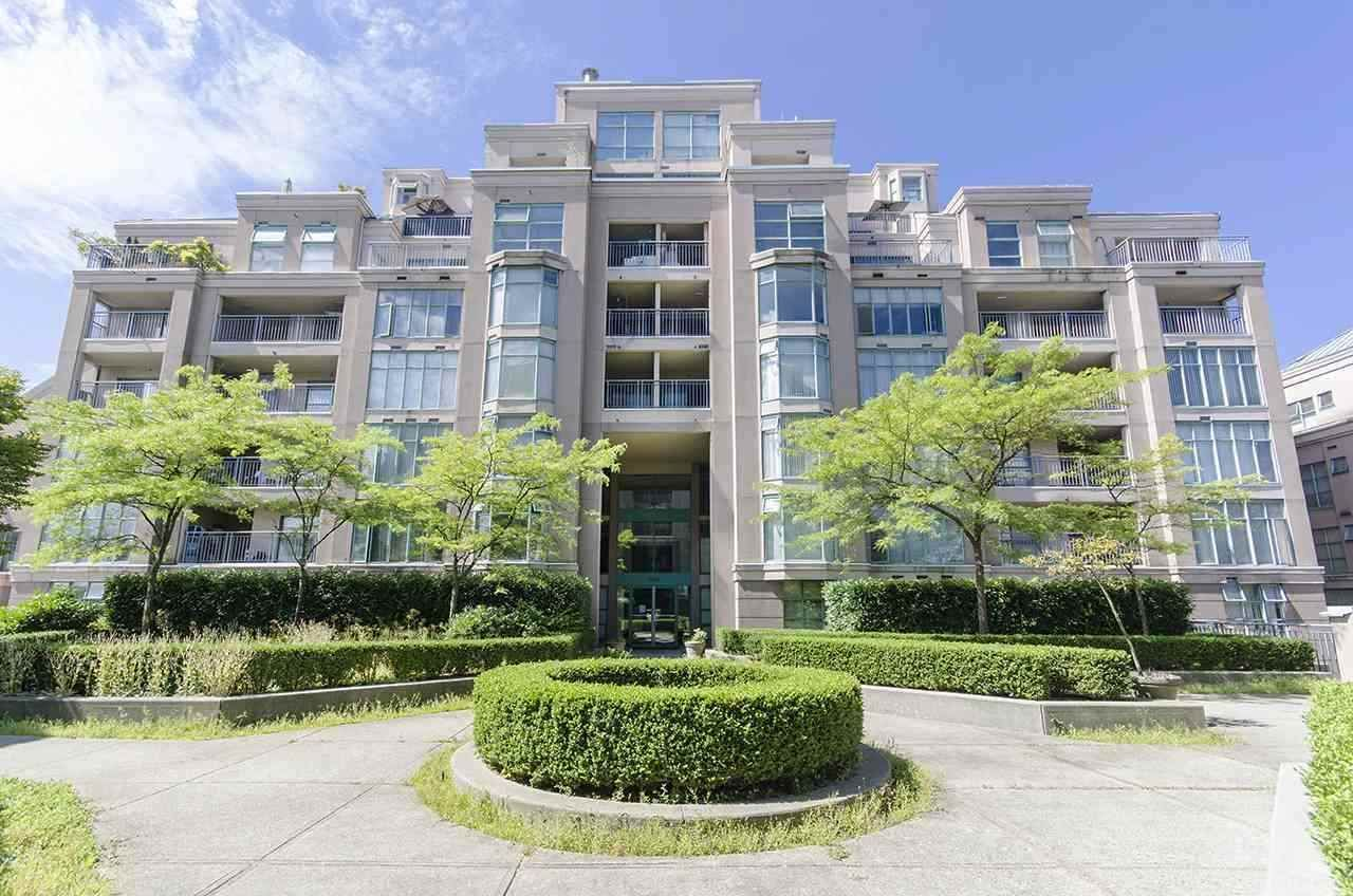 Main Photo: 508 2468 E BROADWAY in Vancouver: Renfrew Heights Condo for sale (Vancouver East)  : MLS®# R2591907