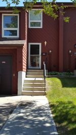 Property Photo: 92 Lorelei CLOSE in Edmonton