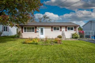 Photo 1: 115 Montague Road in Dartmouth: 15-Forest Hills Residential for sale (Halifax-Dartmouth)  : MLS®# 202125865