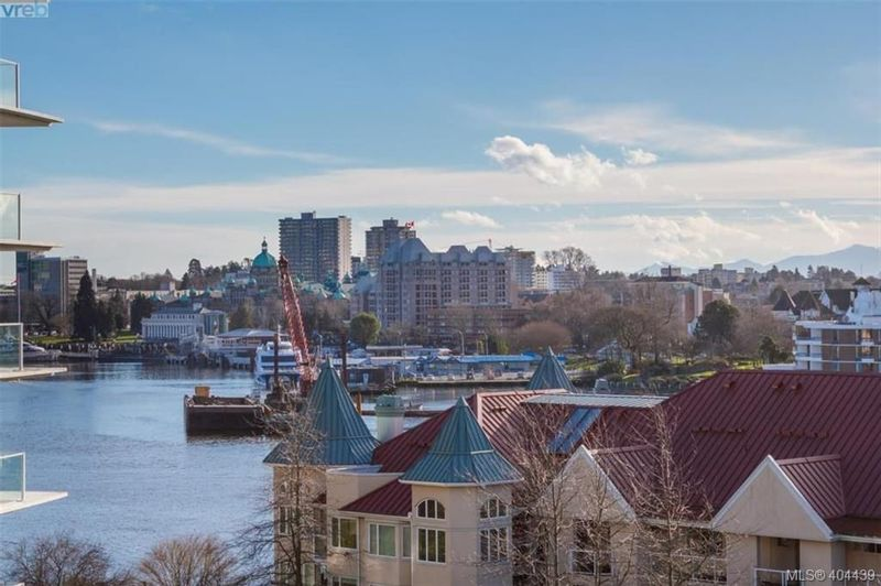 FEATURED LISTING: 516 - 68 SONGHEES Rd VICTORIA