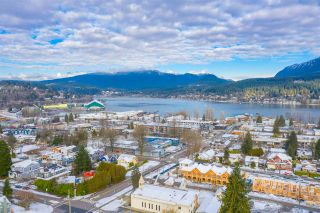 Photo 8: 2826 JANE Street in Port Moody: Port Moody Centre House for sale : MLS®# R2538271
