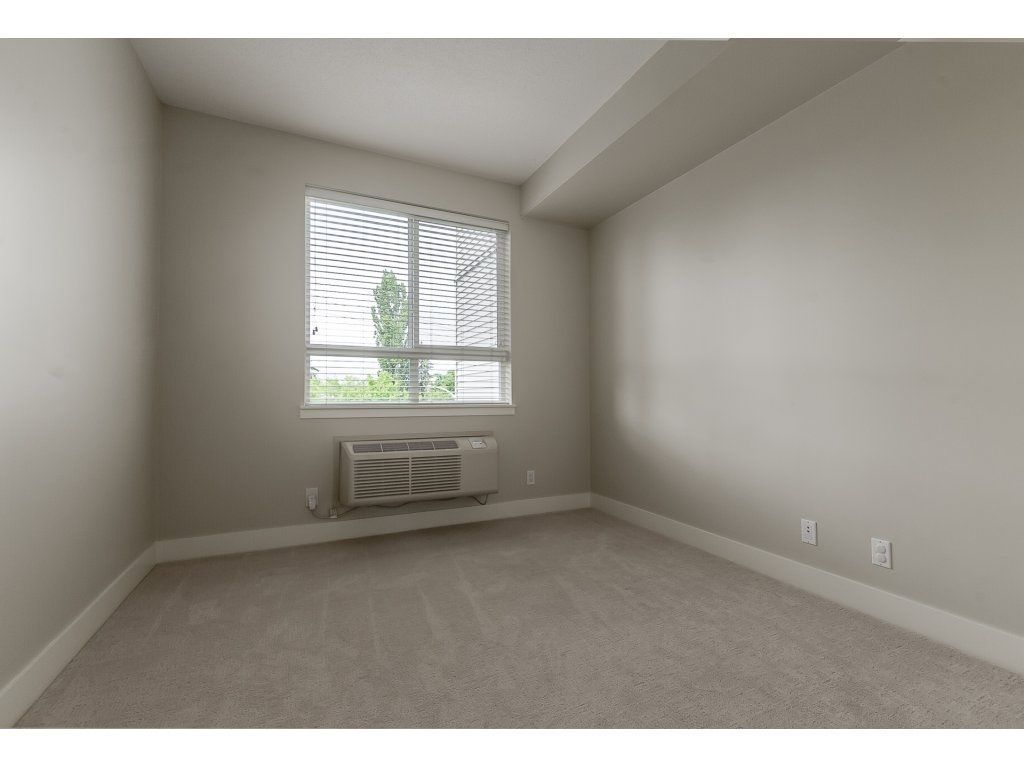 """Photo 17: Photos: 318 5430 201 Street in Langley: Langley City Condo for sale in """"The Sonnet"""" : MLS®# R2282213"""