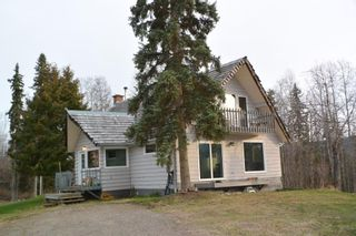 Photo 1: 200 LAIDLAW Road in Smithers: Smithers - Rural House for sale (Smithers And Area (Zone 54))  : MLS®# R2453029
