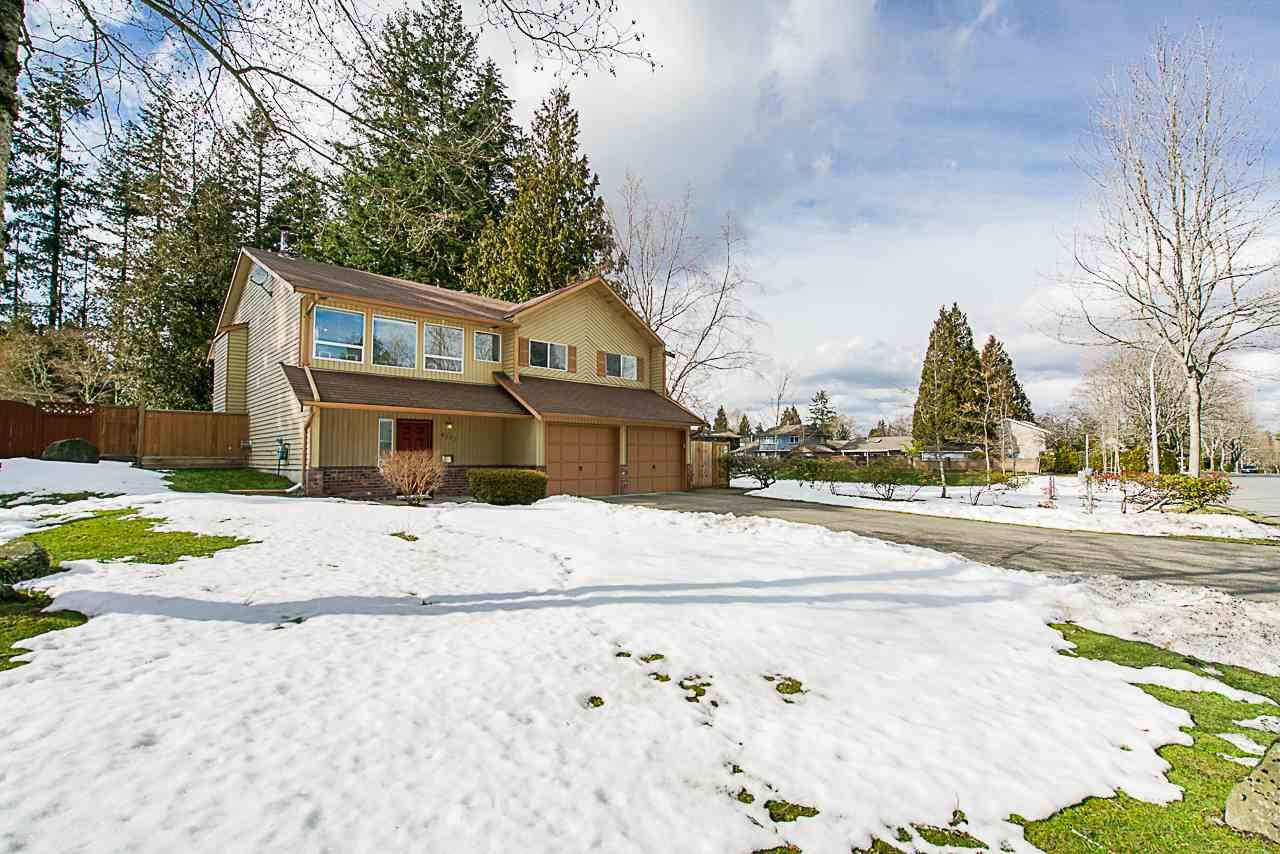 Main Photo: 6173 131A Street in Surrey: Panorama Ridge House for sale : MLS®# R2344455