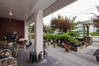 """Photo 3: #113 17712 57A Avenue in Surrey: Cloverdale BC Condo for sale in """"West on the Village Walk"""" (Cloverdale)  : MLS®# R2439030"""