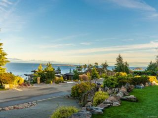 Photo 2: 3428 Redden Rd in NANOOSE BAY: PQ Fairwinds House for sale (Parksville/Qualicum)  : MLS®# 830009