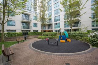 "Photo 22: 103 125 MILROSS Avenue in Vancouver: Downtown VE Condo for sale in ""Creekside at Citygate"" (Vancouver East)  : MLS®# R2575095"