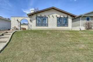 Photo 2: 3512 Brenner Drive NW in Calgary: Brentwood Detached for sale : MLS®# A1100556