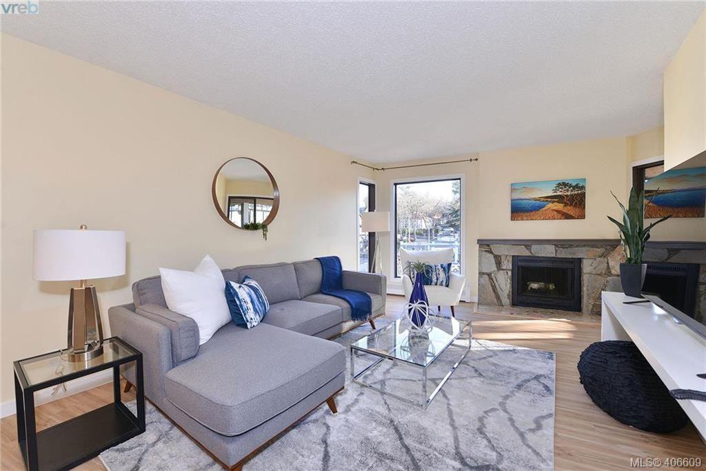 Main Photo: 305 1518 Pandora Ave in VICTORIA: Vi Fernwood Condo for sale (Victoria)  : MLS®# 808067