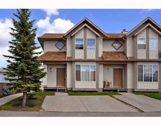 Photo 1: 10 SHAWBROOKE Court SW in CALGARY: Shawnessy Townhouse for sale (Calgary)  : MLS®# C3377313