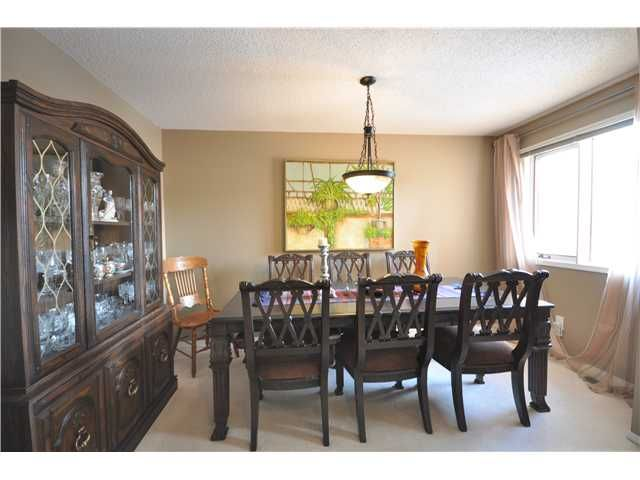 Photo 18: Photos: 27 5810 PATINA Drive SW in CALGARY: Prominence_Patterson Townhouse for sale (Calgary)  : MLS®# C3597559
