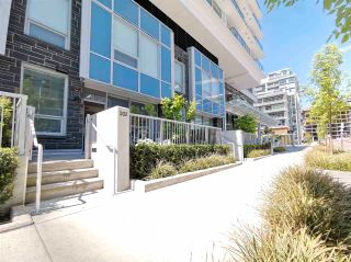 """Photo 2: TH2 6900 PEARSON Way in Richmond: Brighouse Townhouse for sale in """"River Park Place"""" : MLS®# R2579697"""