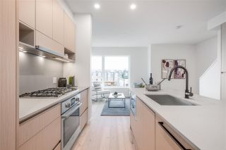 """Photo 13: TH49 528 E 2ND Street in North Vancouver: Lower Lonsdale Townhouse for sale in """"Founder Block South"""" : MLS®# R2543629"""