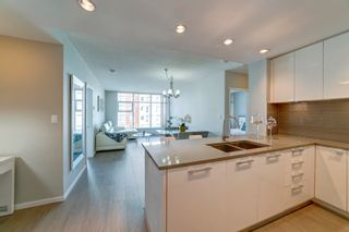 """Photo 6: 2505 3102 WINDSOR Gate in Coquitlam: New Horizons Condo for sale in """"Celadon by Polygon"""" : MLS®# R2610333"""