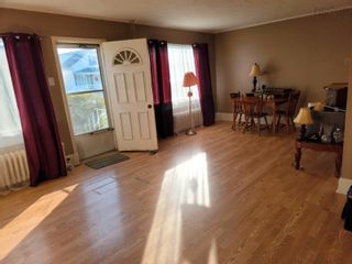Photo 5: 3237 Hinchey Avenue in New Waterford: 204-New Waterford Residential for sale (Cape Breton)  : MLS®# 202124968