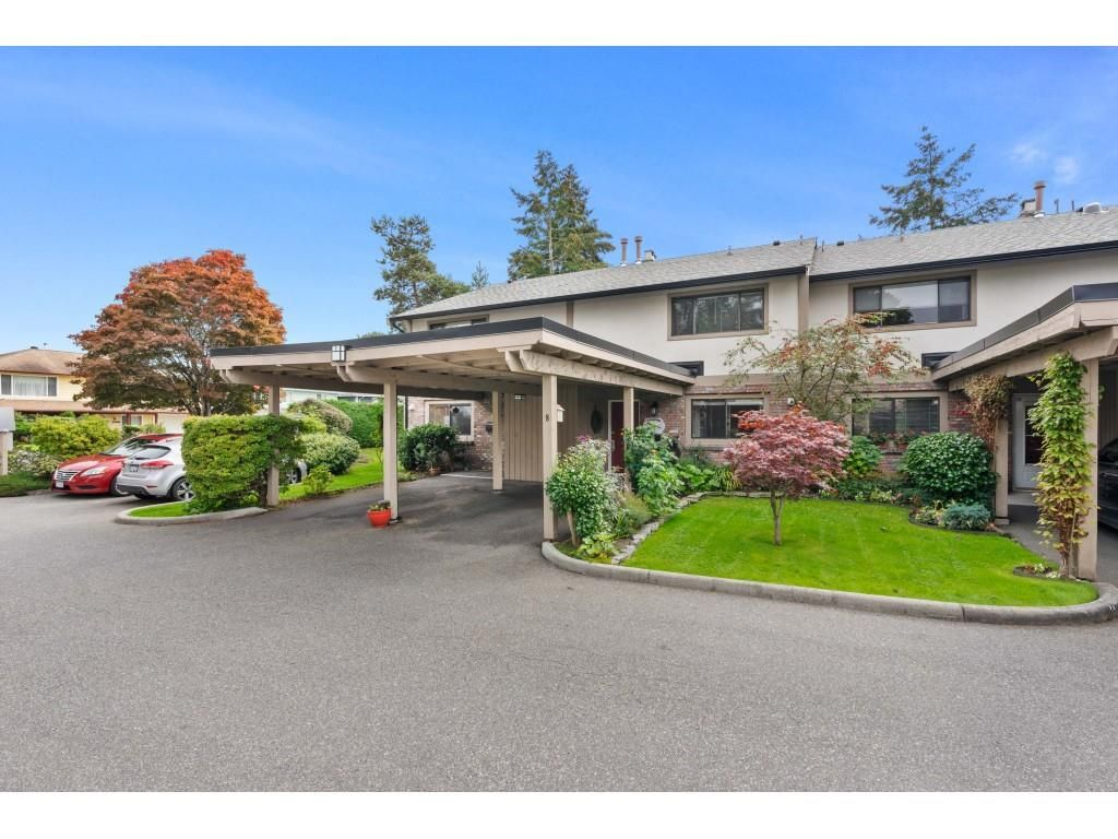 """Main Photo: 8 11451 KINGFISHER Drive in Richmond: Westwind Townhouse for sale in """"West Chelsea"""" : MLS®# R2507030"""