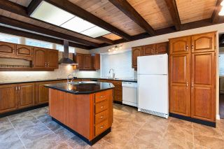 Photo 6: 7150 BRENT Road in No City Value: Out of Town House for sale : MLS®# R2269985