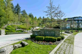 """Photo 1: 403 7428 BYRNEPARK Walk in Burnaby: South Slope Condo for sale in """"Green"""" (Burnaby South)  : MLS®# R2163643"""