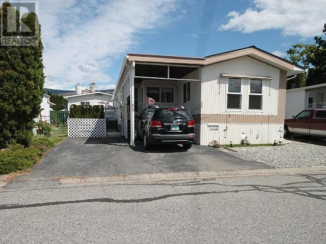 Main Photo: 53 - 98 OKANAGAN AVE E in Penticton: House for sale : MLS®# 179846
