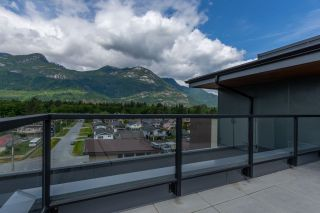 """Photo 29: 612 38013 THIRD Avenue in Squamish: Downtown SQ Condo for sale in """"THE LAUREN"""" : MLS®# R2474999"""
