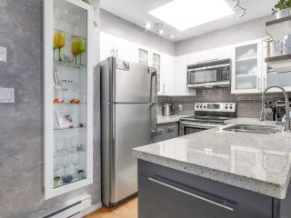"""Photo 11: 404 1562 W 5TH Avenue in Vancouver: False Creek Condo for sale in """"GRYPHON COURT"""" (Vancouver West)  : MLS®# R2211506"""
