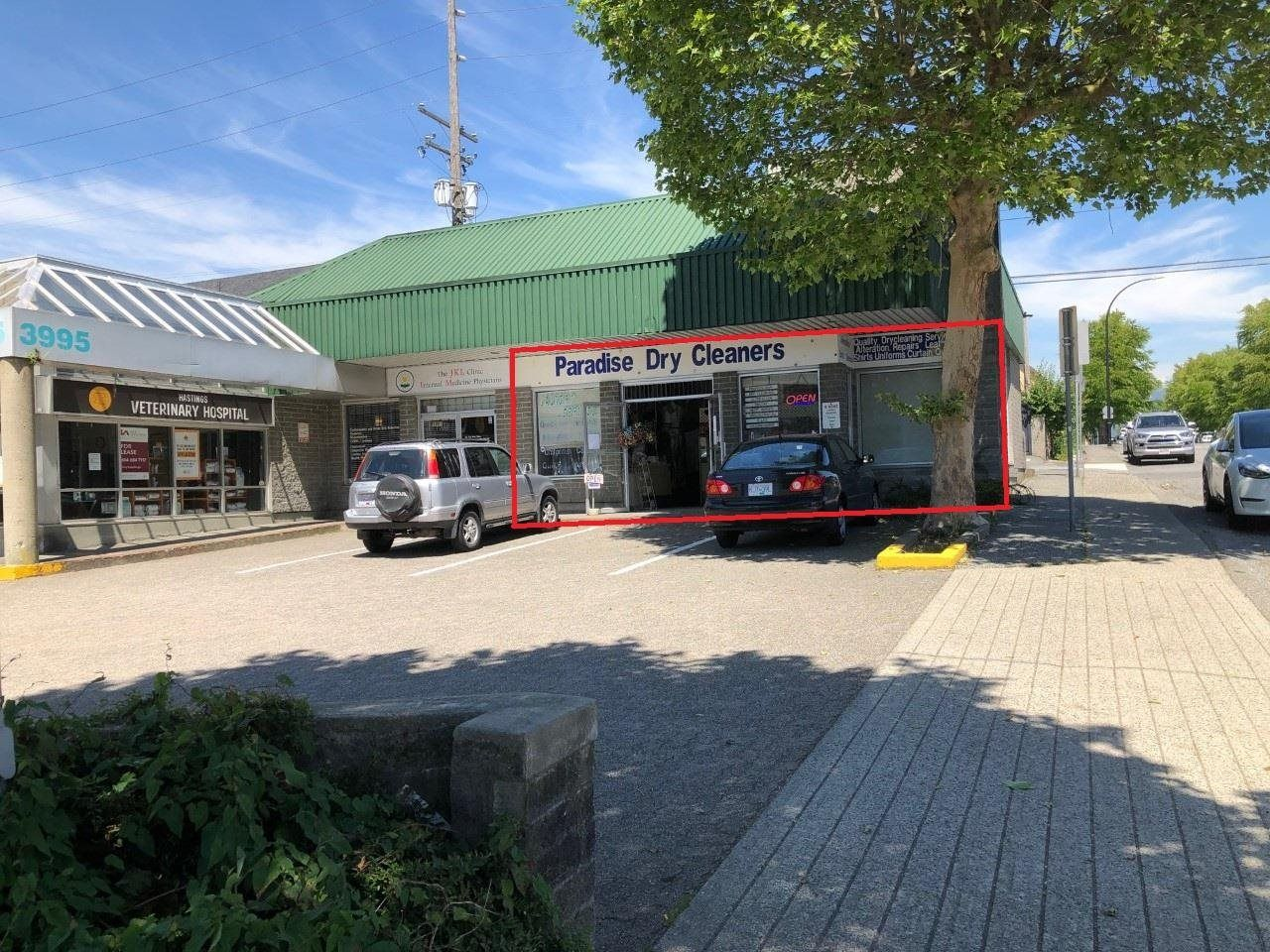 Main Photo: 3999 HASTINGS Street in Burnaby: Vancouver Heights Business for sale (Burnaby North)  : MLS®# C8039030