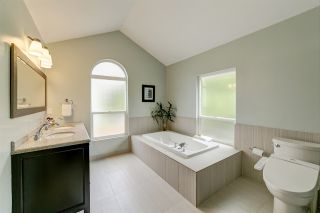Photo 11: 1205 DURANT Drive in Coquitlam: Scott Creek House for sale : MLS®# R2387300